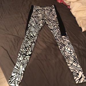 Nike Zebra Pants Leggings - Size M